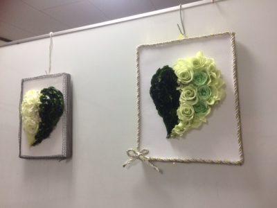 プリザーブドフラワーの壁飾り