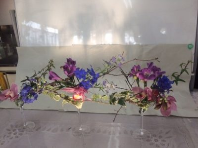 カラーを意識したテーブルデザイン