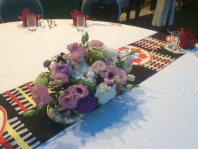 テーブルの上のアレンジメント