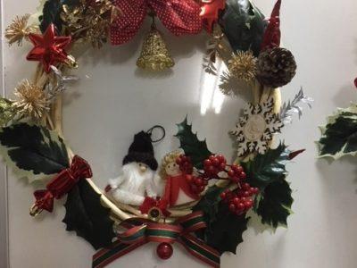 子供達のクリスマスリース作り