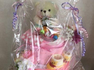 レインボーベアのオムツケーキ